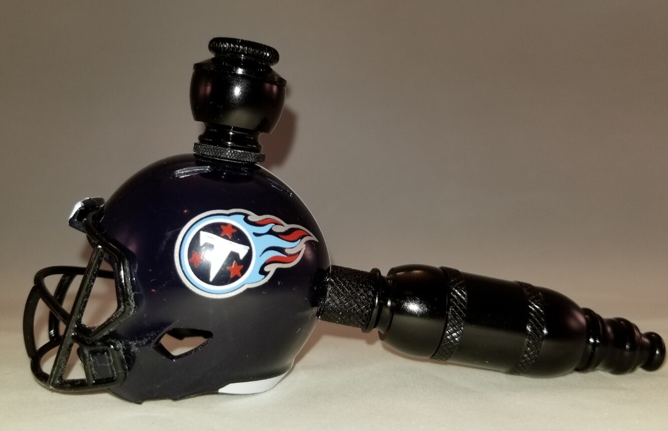 """TENNESSEE TITANS """"BAD ASS""""  NFL FOOTBALL HELMET SMOKING PIPE Straight/Black Anodized/Navy"""