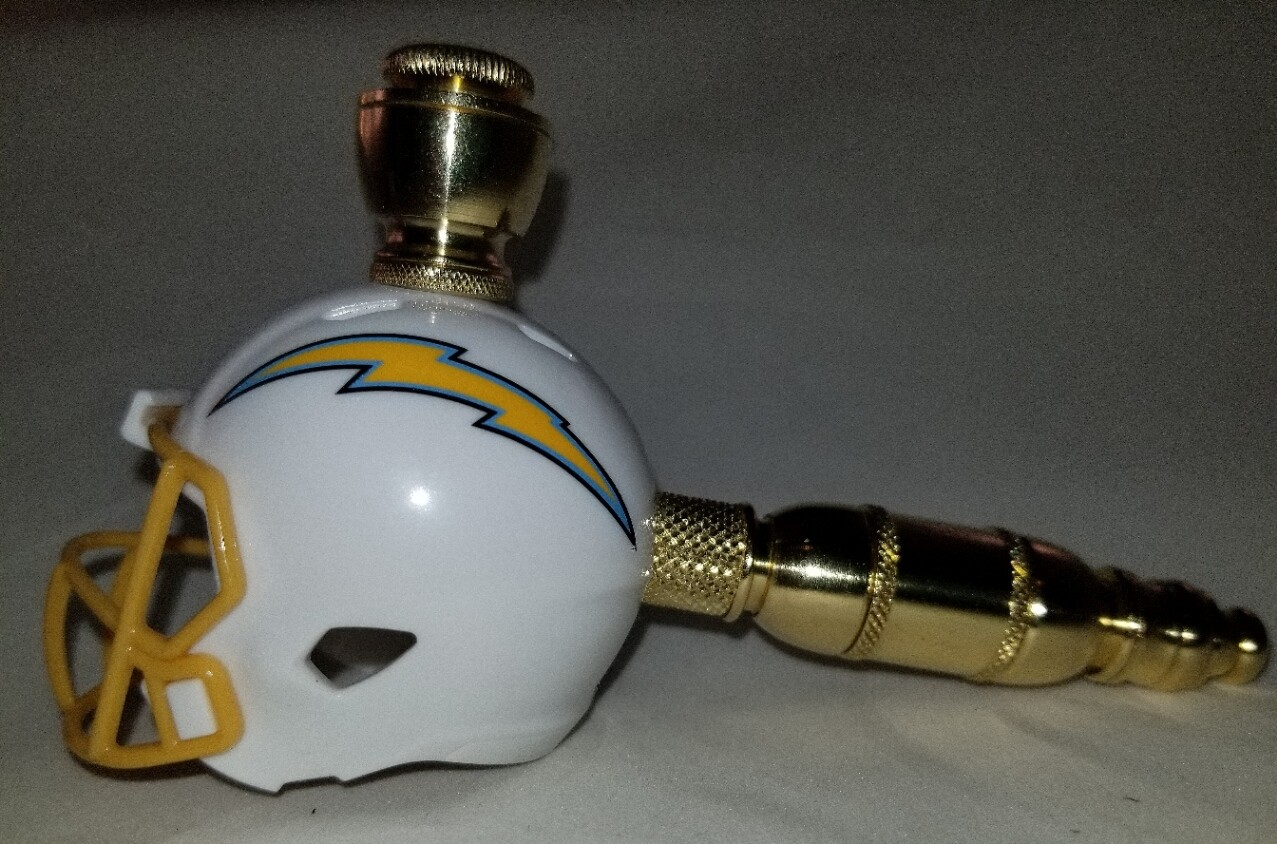 LOS ANGELES CHARGERS FOOTBALL HELMET SMOKING PIPE Straight/Brass