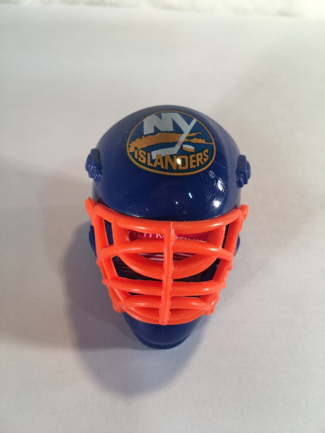 NEW YORK ISLANDERS HOCKEY GOALIE MASK/HELMET CHALKER