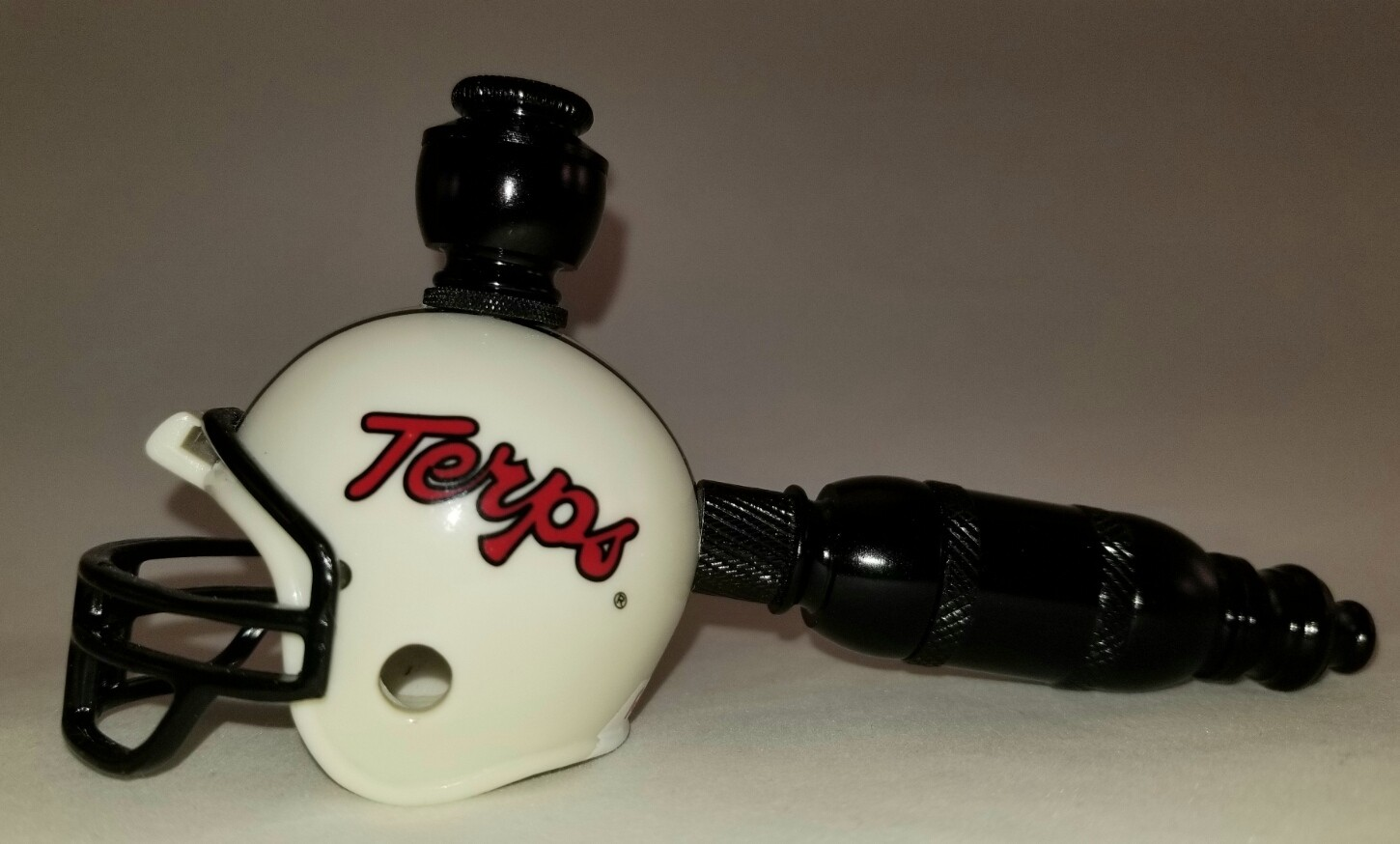 """MARYLAND TERRAPINS """"BAD ASS"""" FOOTBALL HELMET SMOKING PIPE Straight/Black Anodized/Old School"""