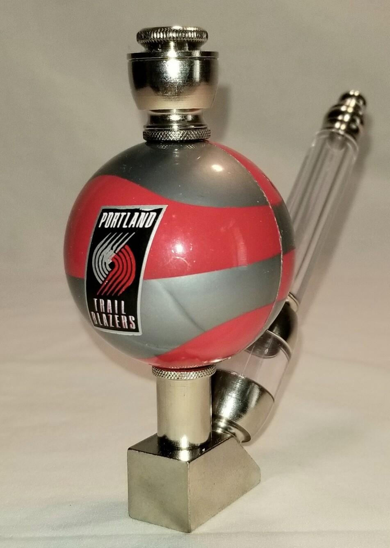 PORTLAND TRAILBLAZERS COLOR BASKETBALL SMOKING PIPE Wedge/Nickel/Clear Stem/Color Ball