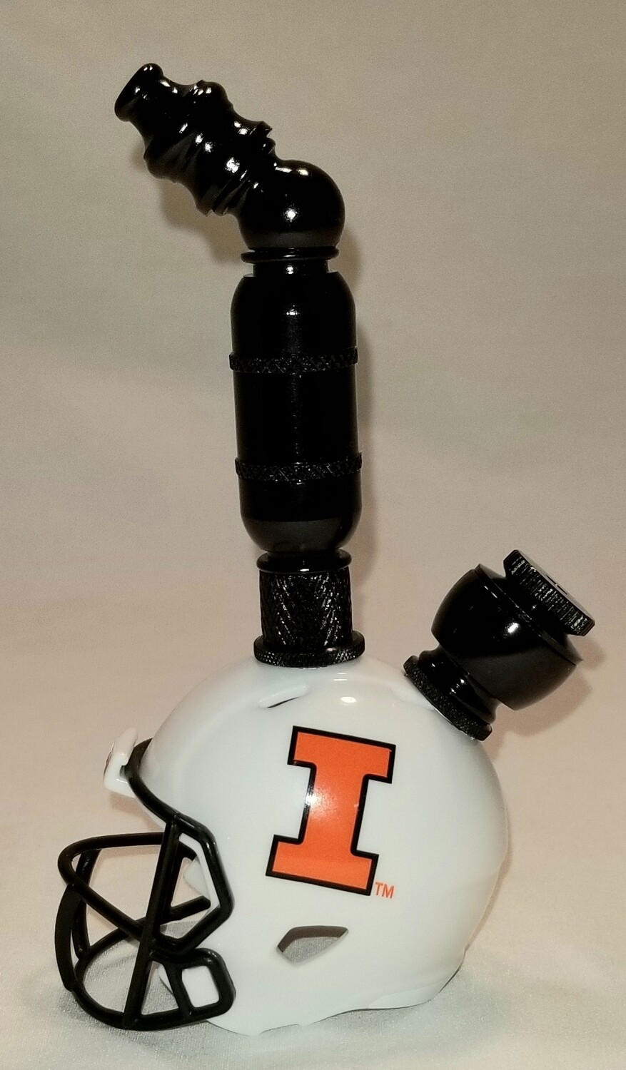 "ILLINOIS FIGHTING ILLINI 2021 ""BAD ASS"" FOOTBALL HELMET SMOKING PIPE Upright/Black Anodized/White"