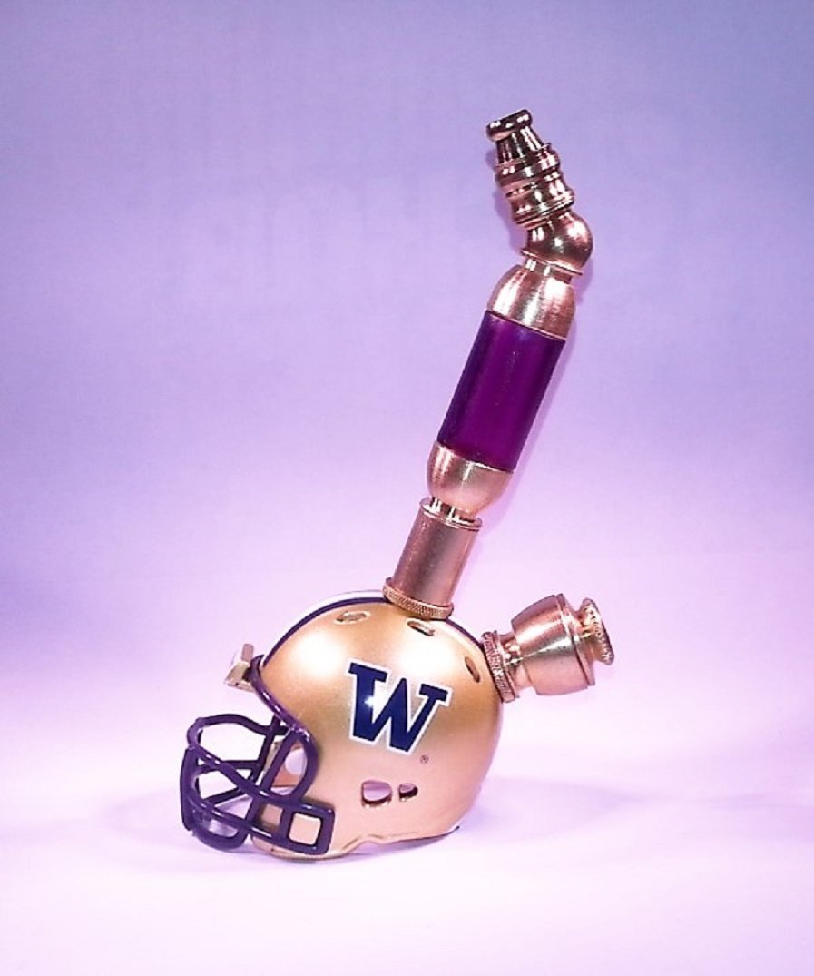 Washington Huskies Helmet Pipe  Upright  Design  Brass Finish