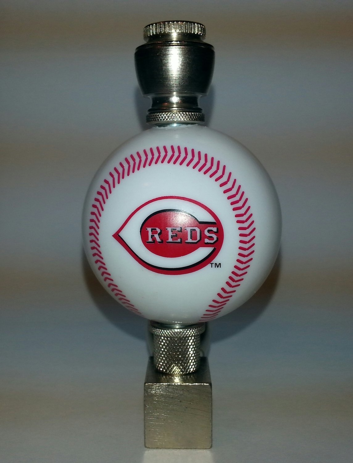 Cincinnati Reds MLB Baseball Pipe Wedge Design