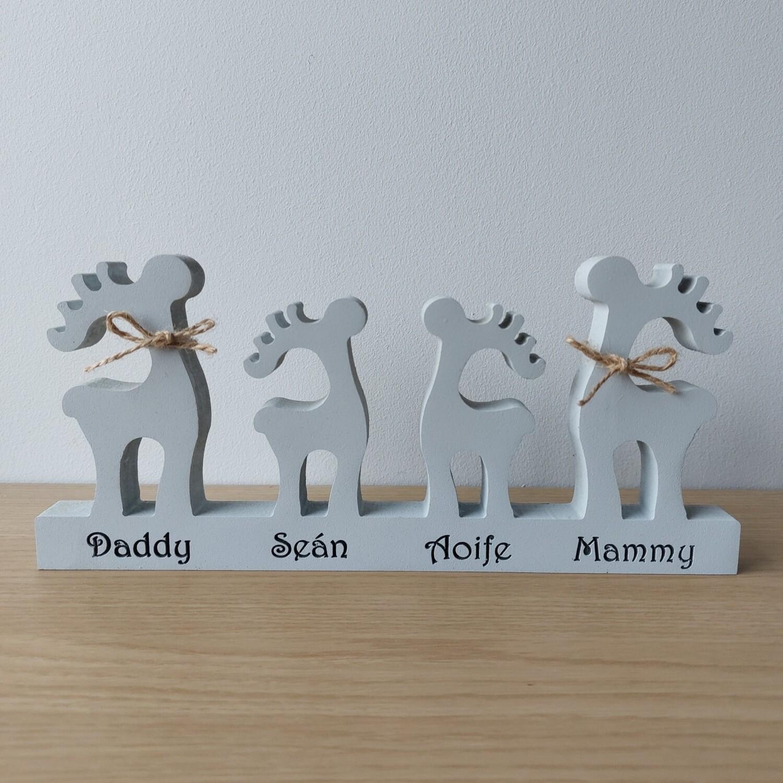 Reindeer Family Shelfie