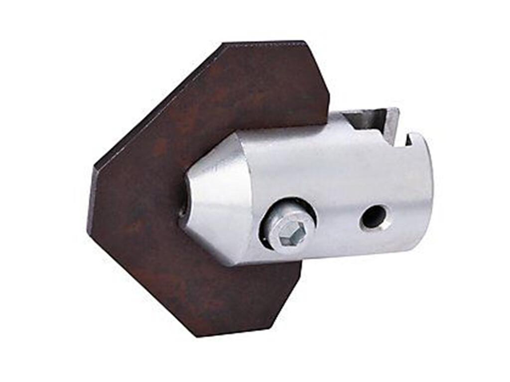 Изогнутый лопаточный скребок с муфтой 32 мм