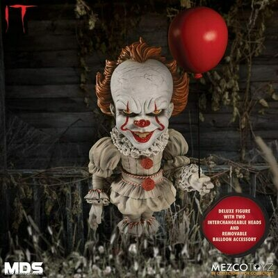 Mezco It Pennywise