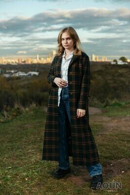 Пальто из шерсти, на меховой подкладке