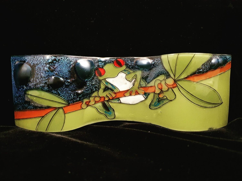 Green Frog Long Slump Plate*
