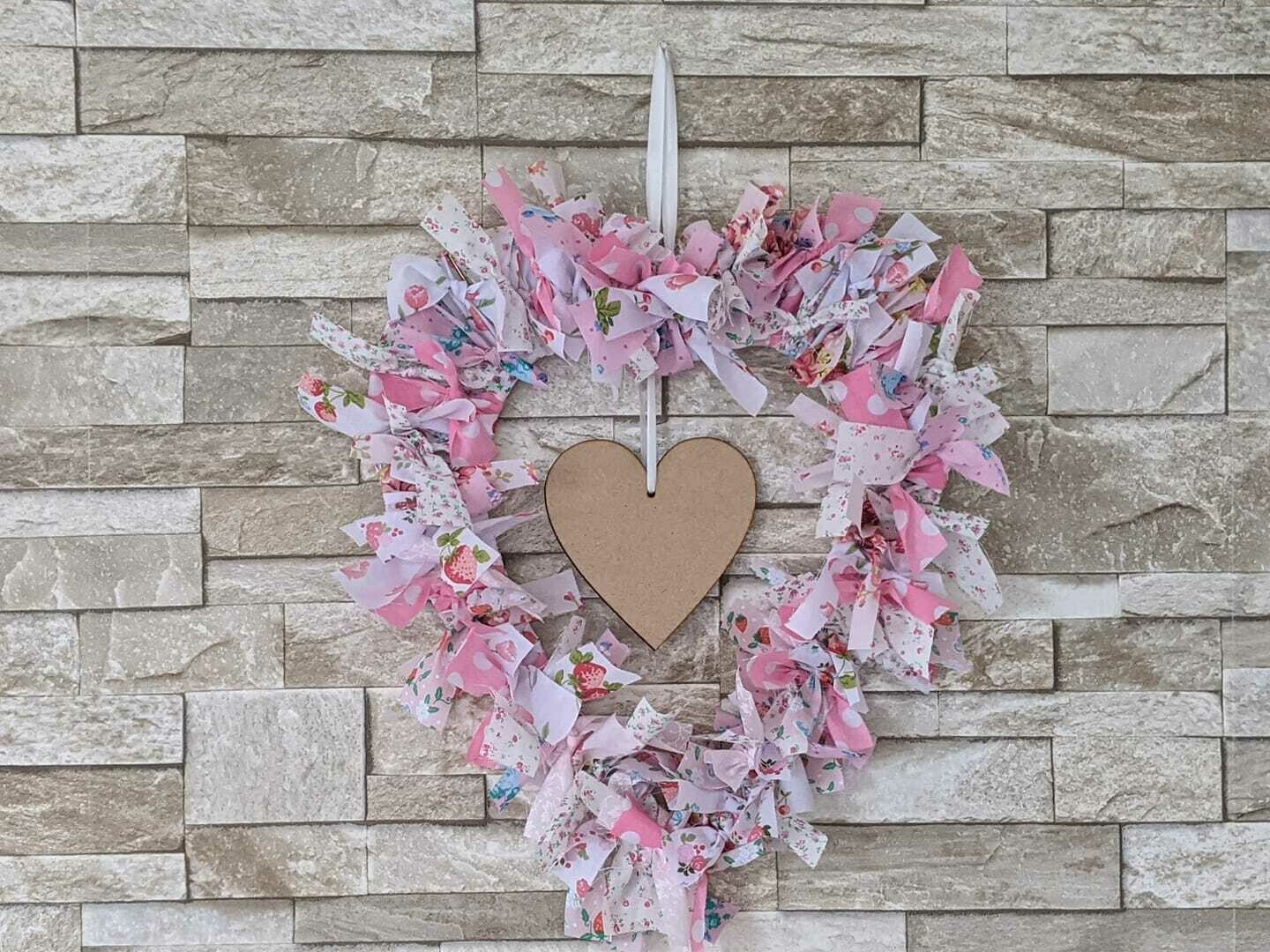 Rag wreath craft kit, full kit and instructions to make your own rag wreath. Several colours available. Heart or ring. Price includes post.