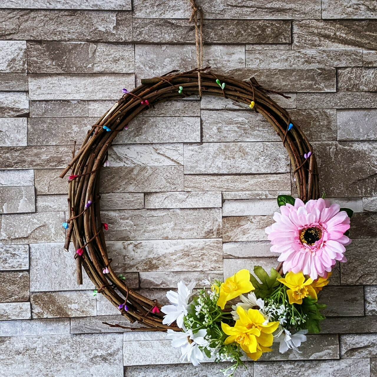Natural sustainable willow spring/easter wreath with flowers