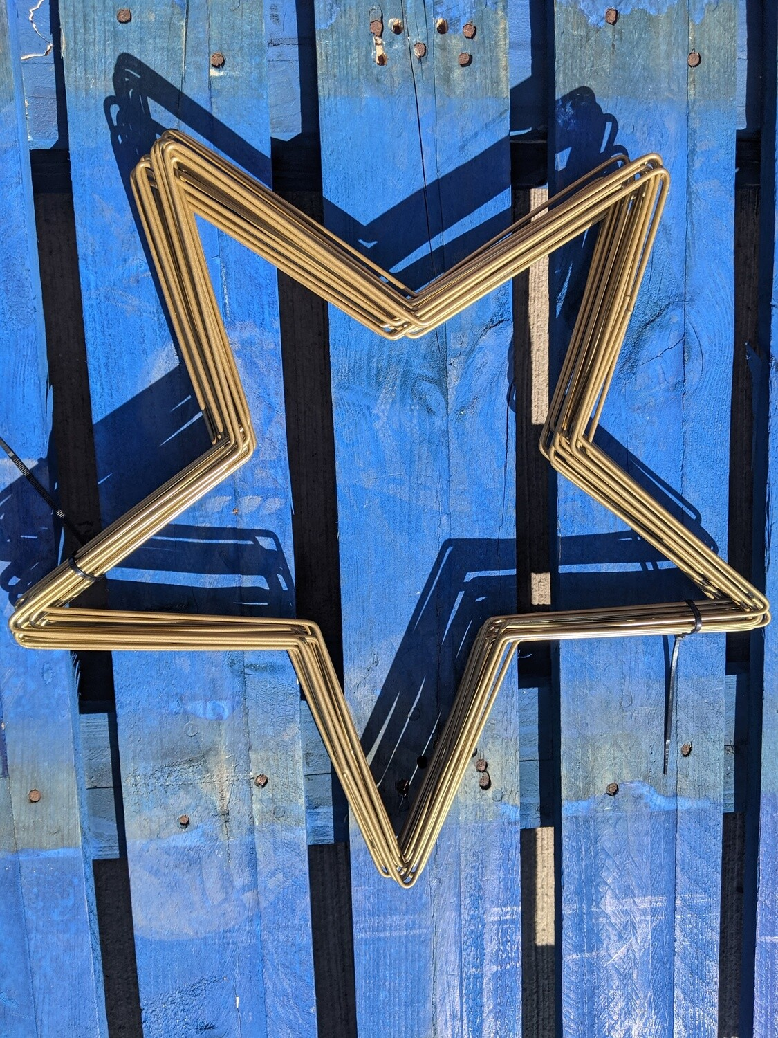 """Premium star wreath frames, gold finish 12"""" and 16"""""""
