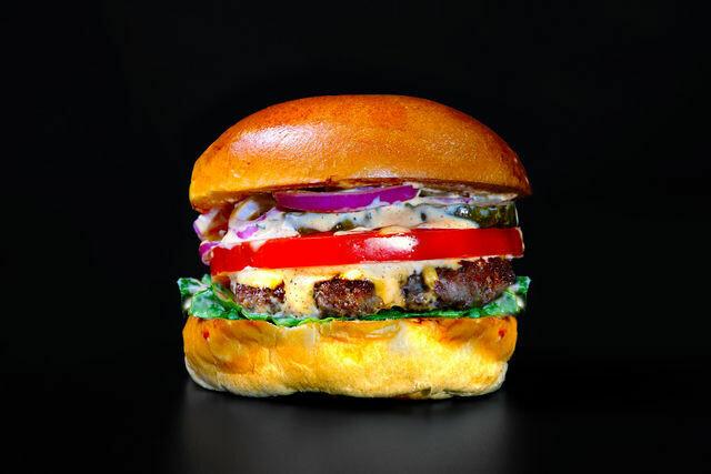 Classic Burger- 6 Oz