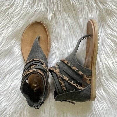 Carla Black/Leopard Sandal