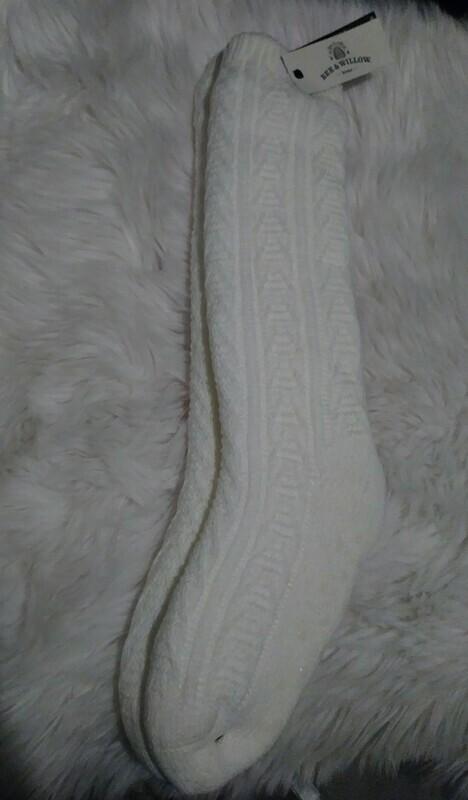 Bee & Willow Slipper Socks (white)