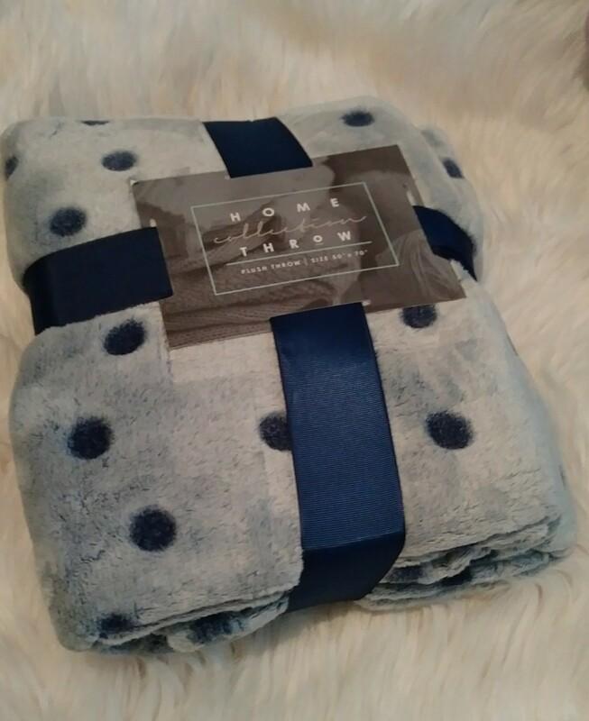 Blue Polka Dot Plush Blanket