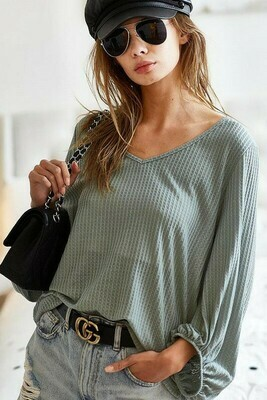 Thermal waffle neck top with bubble sleeves
