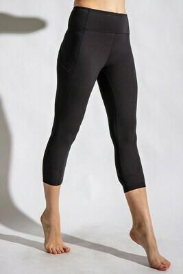 Wide waist capri yoga pant w/pocket