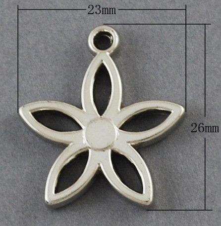 Flower Pendant Platinum 25mm