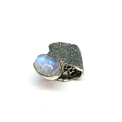Schwarzer Ring aus 925er Sterlingsilber mit Mondstein