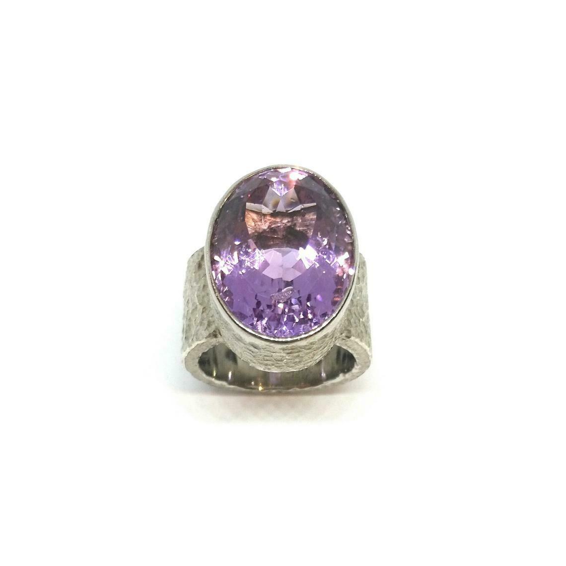 Designer Ring aus 925er Sterlingsilber mit Amethyst