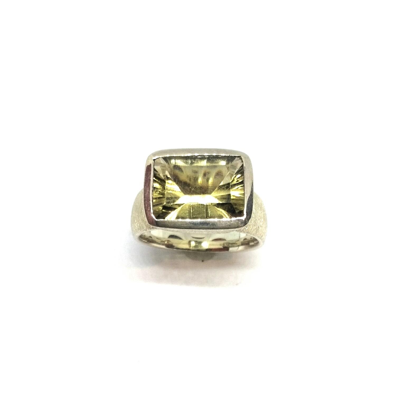 Ring aus 925er Sterlingsilber mit Citrin Lemon