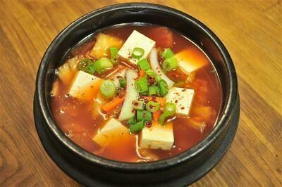 S1. Kimchi Pork Soup (김치찌개)