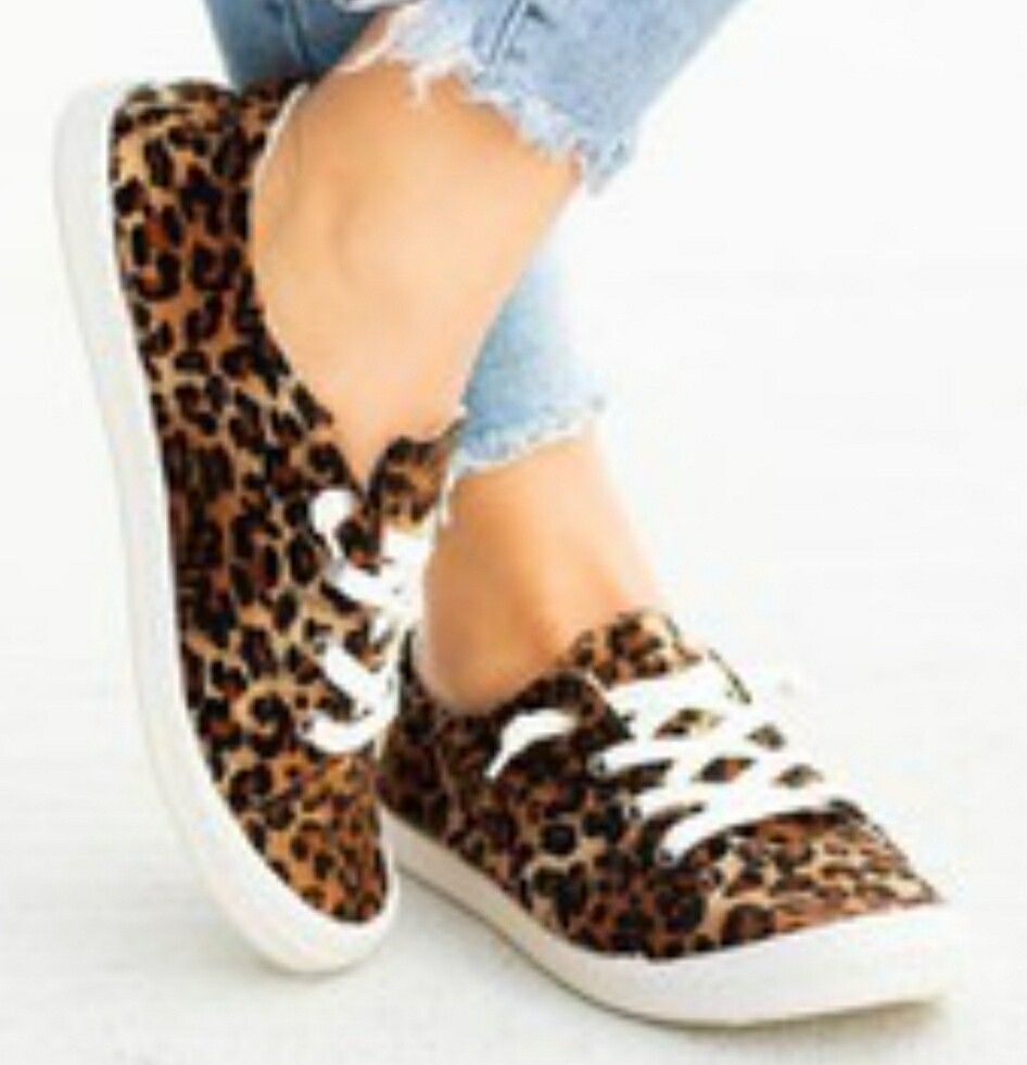 Leopard Weeboo Shoes