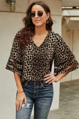 Leopard 3/4 Flared Sleeve Blose