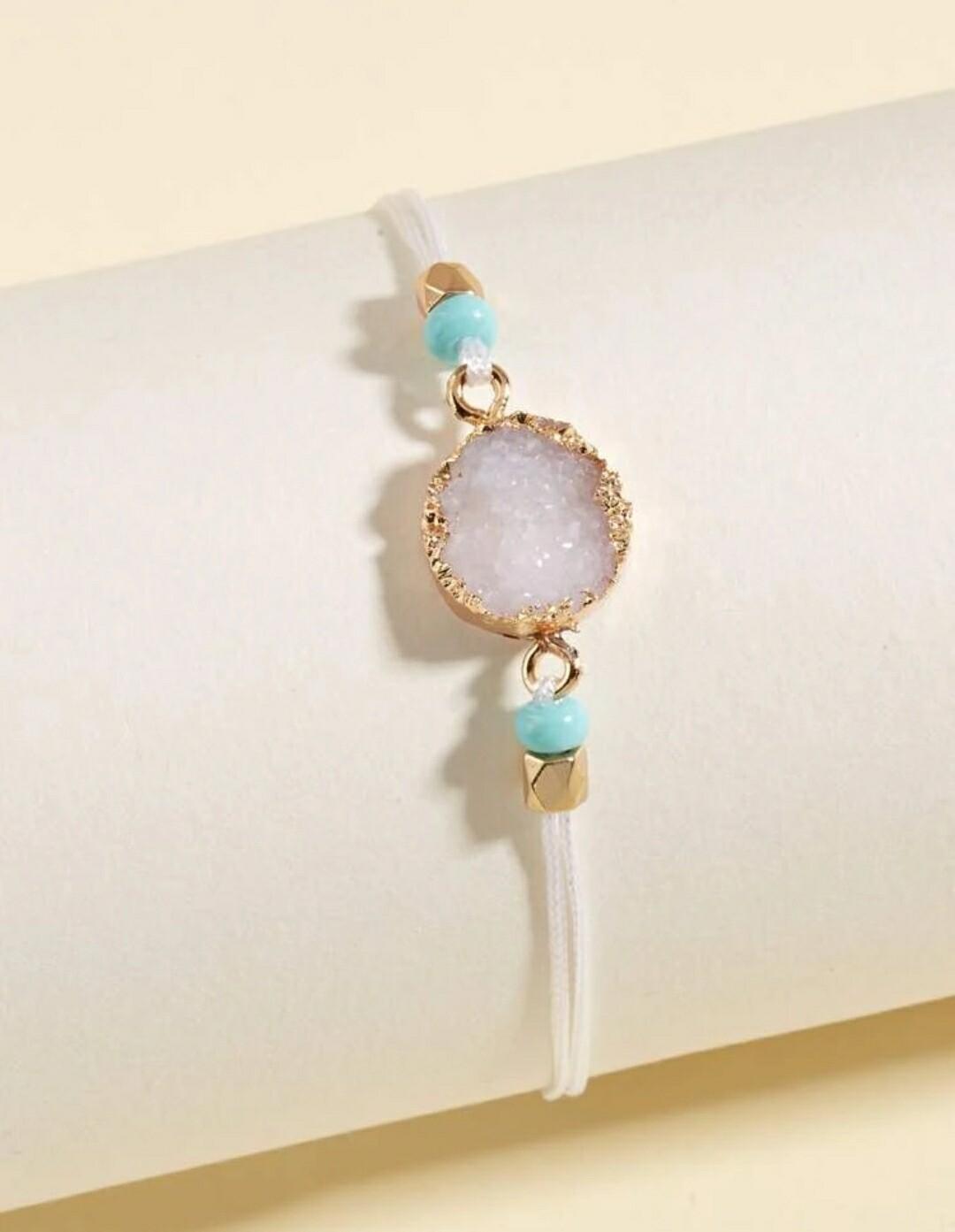 Clear Round Bracelet