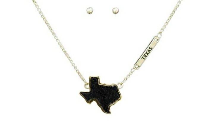 Black Texas Necklace With Studs