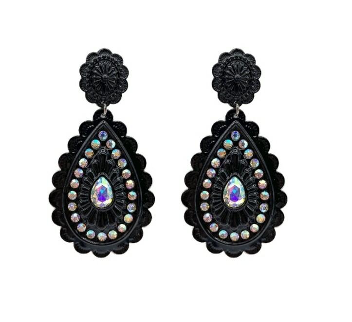 Black Pendant Earrings