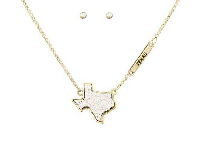 White Texas Necklace With Studs