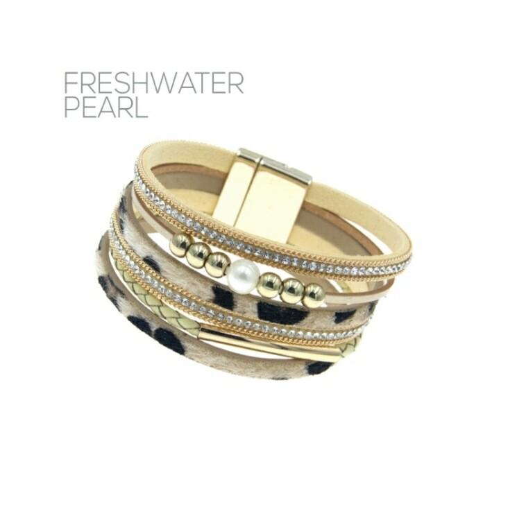 White Cheetah & Diamond Magnetic Bracelet