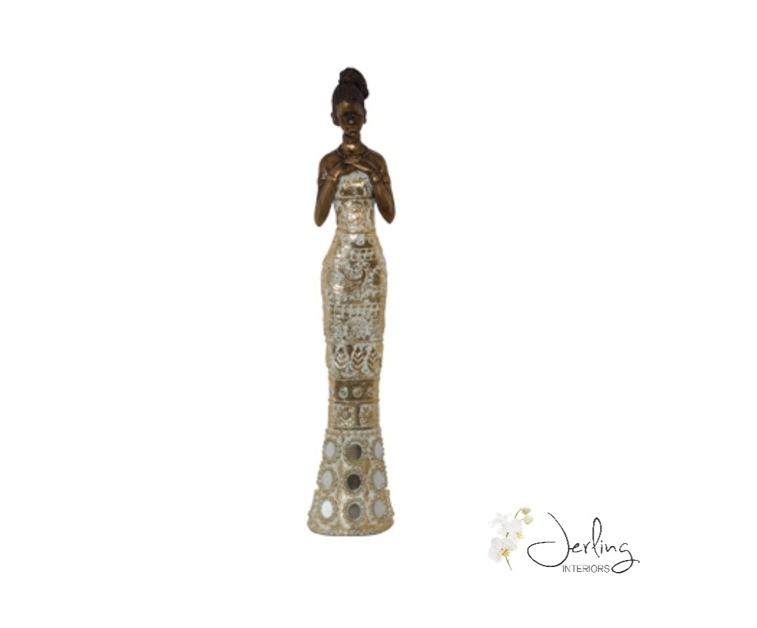 Mfunte Lady Standing
