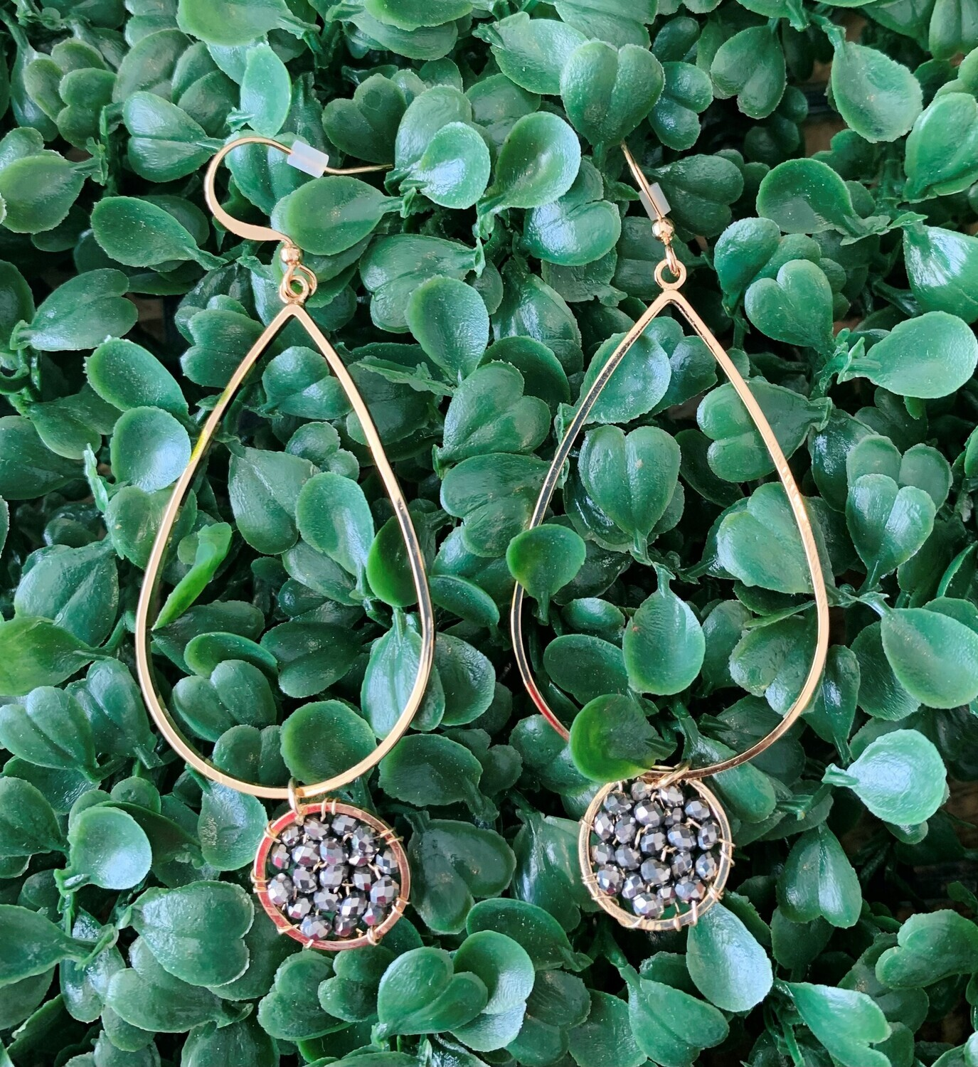 Gold Teardrop with Grey Crystal Circle Cluster