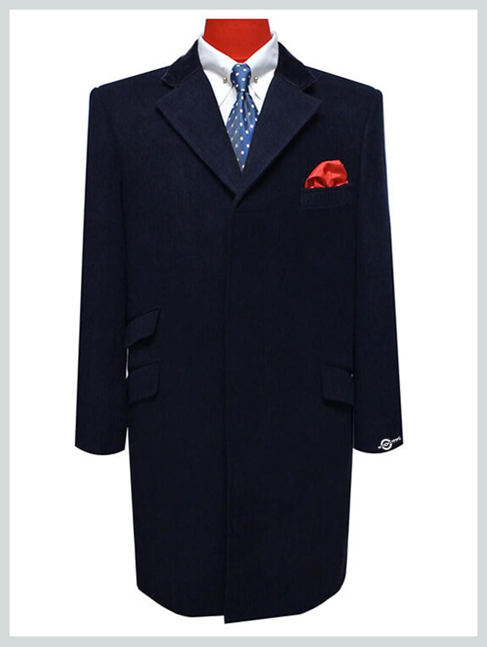 Overcoat Ladies   100% Wool Navy Blue Vintage Long Ladies Winter Coat.