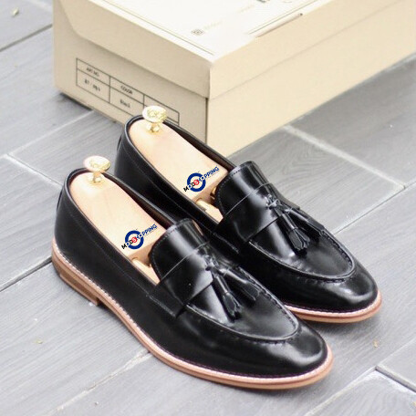 Leather Shoe Wild Tassel Loafer (Black) Premier Loafer
