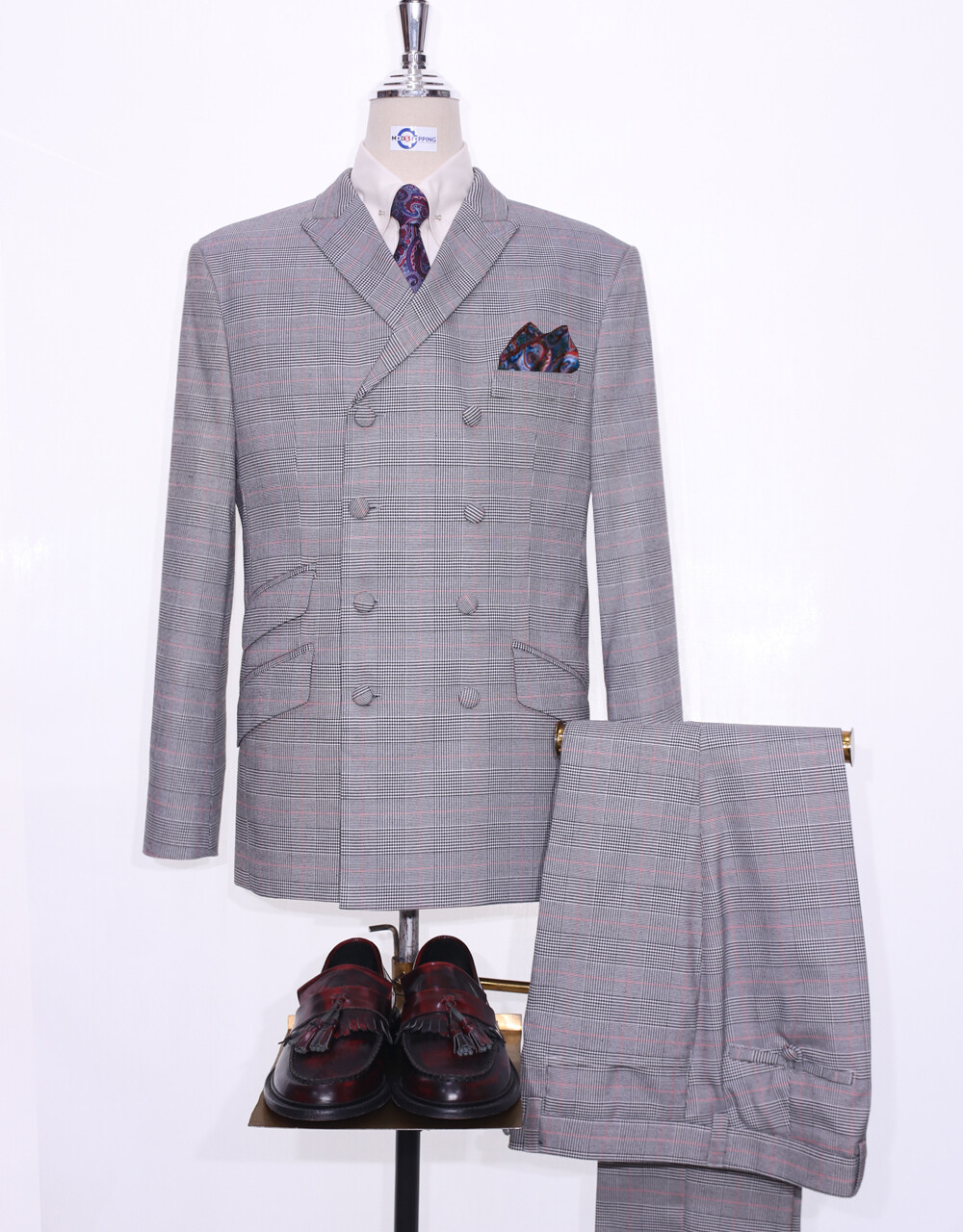 Double Breasted Suit  | Mod Style Light Grey Prince Of Wales Suit