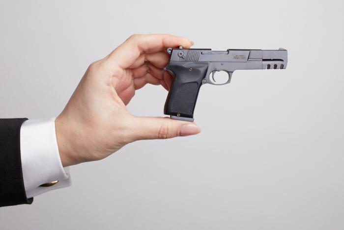 Миниатюрная модель оружия пистолета Walther CP-88 (М 1:2)