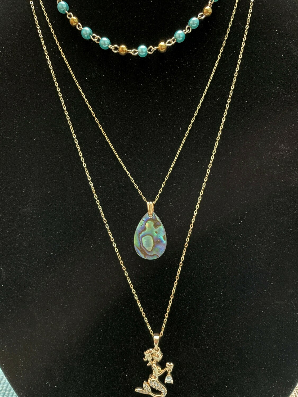Mermaid abalone gold triple chain