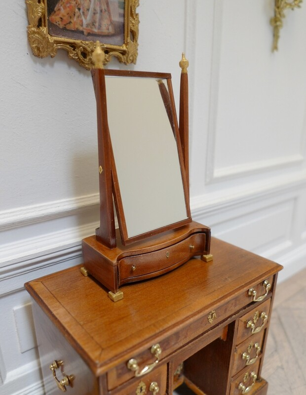 Georgian dressing mirror
