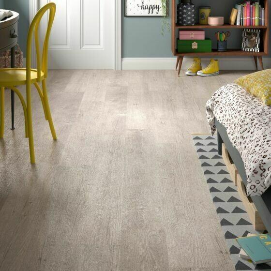 Silver Birch ClicLux LVT Flooring 121.9 cm  x 17.7 cm