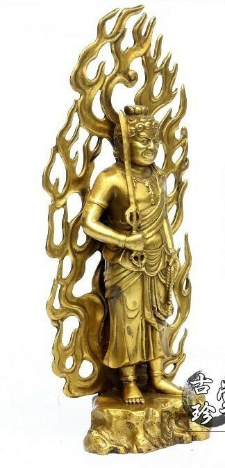 Estatua Fudomyo Dorado