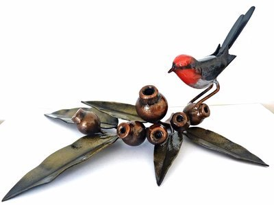 Red Robin on Marri (5lf) Desk set