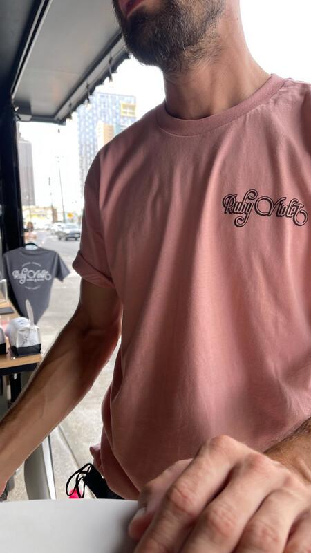 RV Circle Logo Tee - Pink
