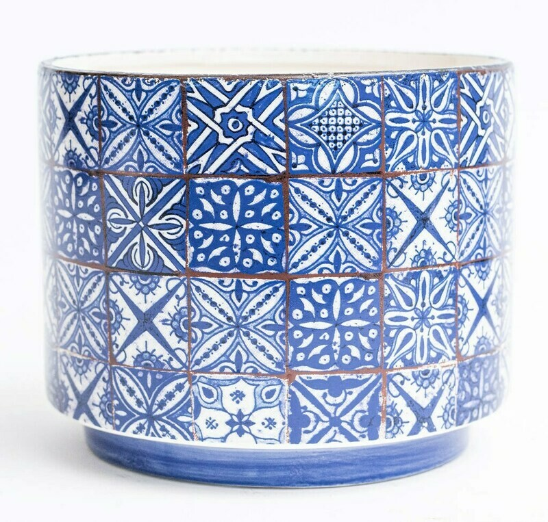 """6"""" Quilted Blue Pot"""