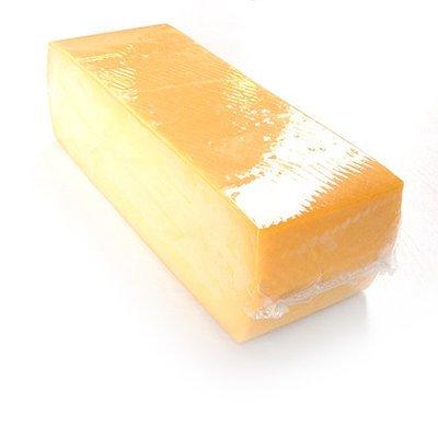 Ontkorste jonge kaasblok +- 4kg prijs/kg