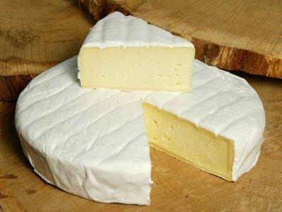 Brie klein wiel +- 1 kg