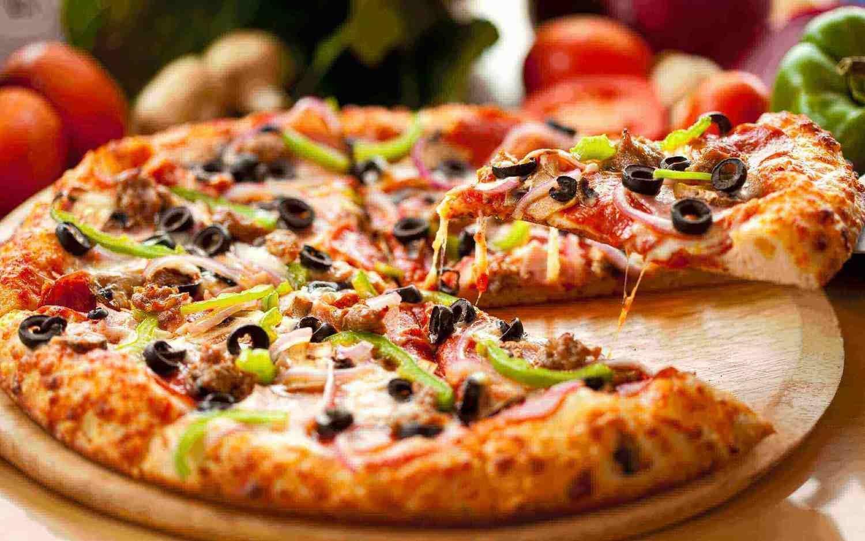 SPECIAAL VOOR SCHOLEN verse pizza in alle smaken